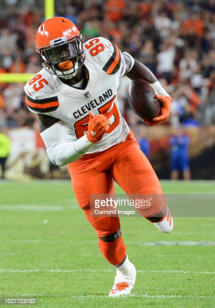 Tight end David Njoku of the Cleveland Browns carries the ball in the first quarter of a preseason game against the Philadelphia Eagles on August 23...