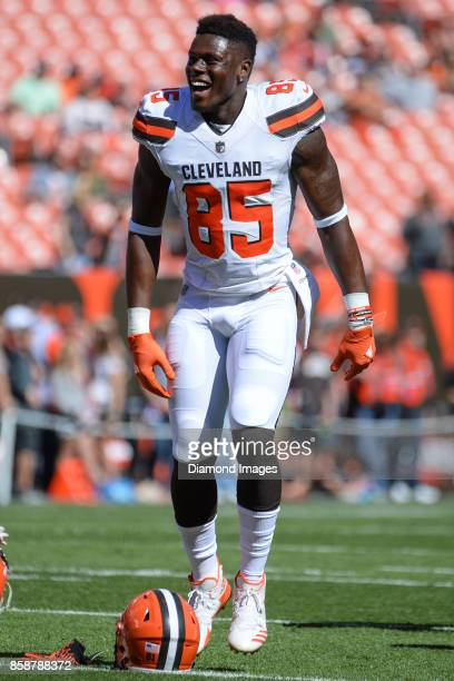 Tight end David Njoku of the Cleveland Browns dances as he stretches on the field prior to a game on October 1 2017 against the Cincinnati Bengals at...