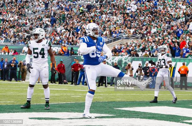 Tight end Eric Ebron of the Indianapolis Colts celebrates his touchdown against the New York Jets during the third quarter at MetLife Stadium on...