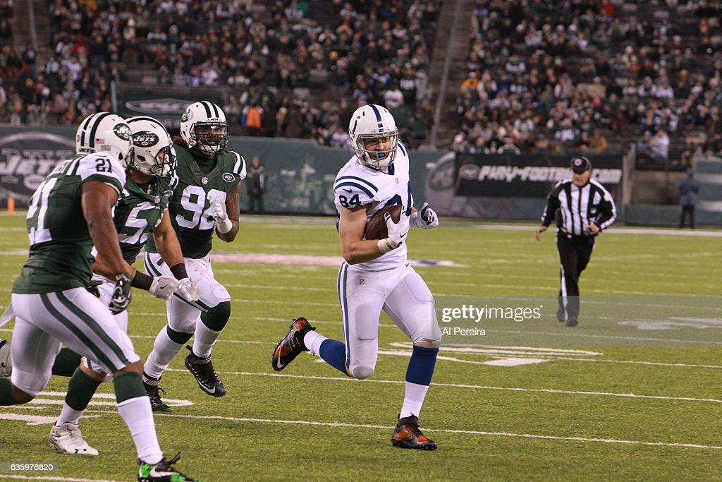 Indianapolis Colts v New York Jets : News Photo