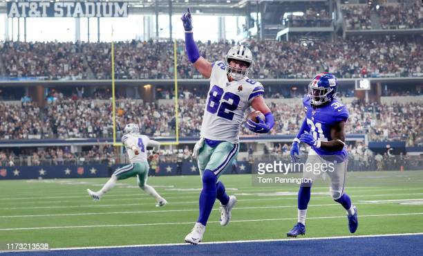 Tight end Jason Witten of the Dallas Cowboys celebrates scoring a touchdown during the second quarter of the game against New York Giants at ATT...