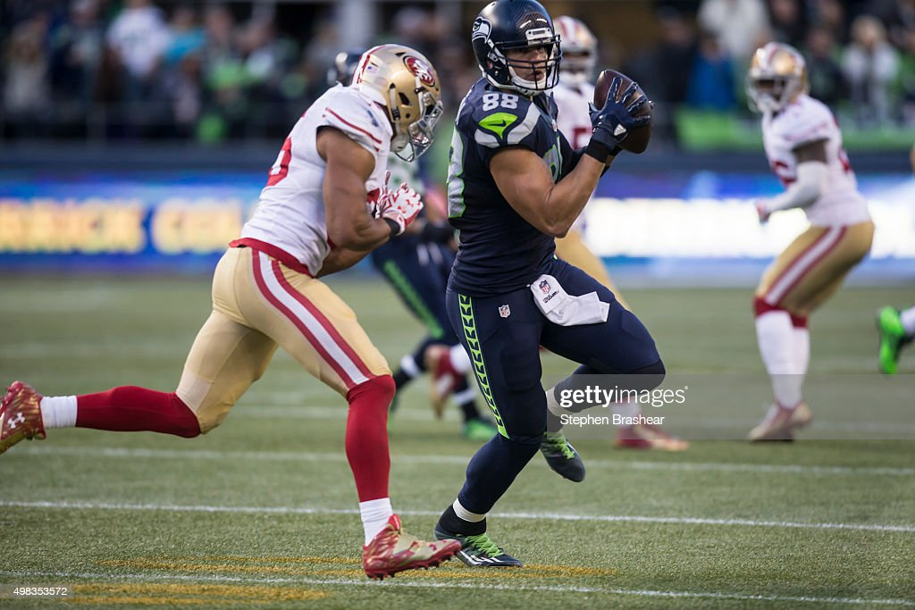 Tight end Jimmy Graham #88 of the Seattle Seahawks makes a reception during the second half of a game against the San Francisco 49ers at CenturyLink Field on November 22, 2015 in Seattle, Washington. The Seahawks won the game 29-13.