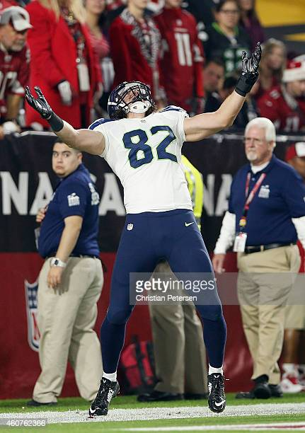 Tight end Luke Willson of the Seattle Seahawks celebrates after scoring an 80 yard touchdown reception in the second quarter during the NFL game...