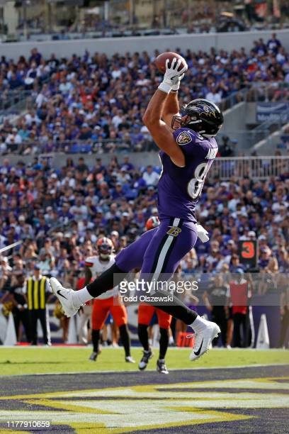 Tight End Mark Andrews of the Baltimore Ravens catches a touchdown in the second half against the Cleveland Browns at M&T Bank Stadium on September...