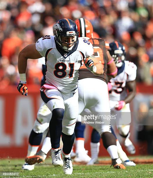 Tight end Owen Daniels of the Denver Broncos against the Cleveland Browns at Cleveland Browns Stadium on October 18 2015 in Cleveland Ohio Broncos...