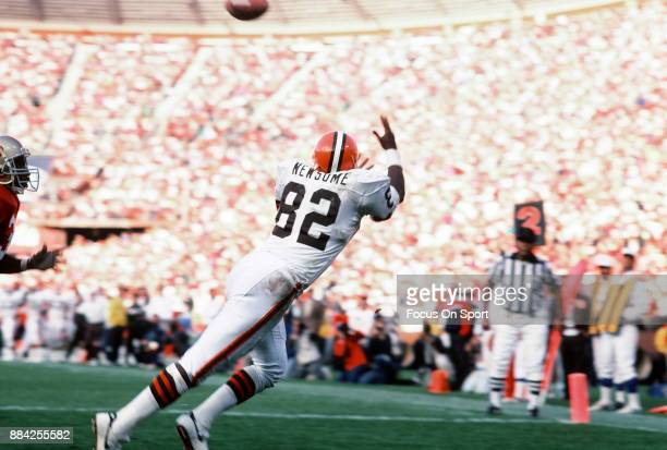 Tight End Ozzie Newsome of the Cleveland Browns dives to make a catch against the San Francisco 49ers during an NFL football game October 28 1990 at...