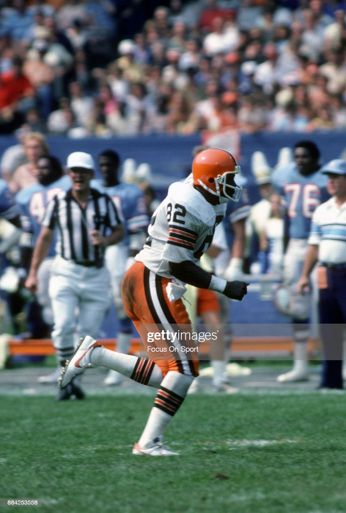 Houton Oilers v Cleveland Browns : News Photo