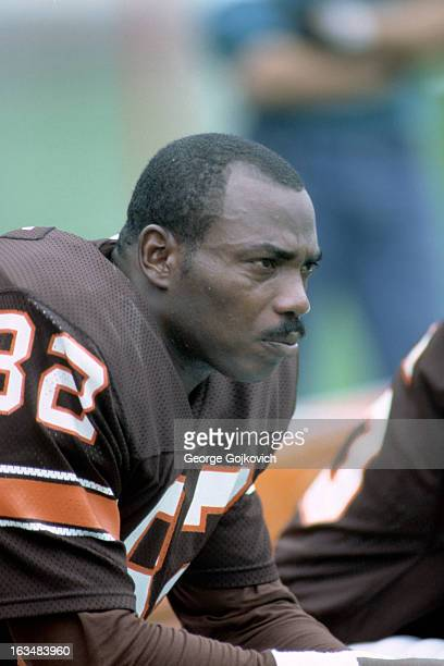 Tight end Ozzie Newsome of the Cleveland Browns looks on from the sideline during a game against the New York Jets at Municipal Stadium on October 14...