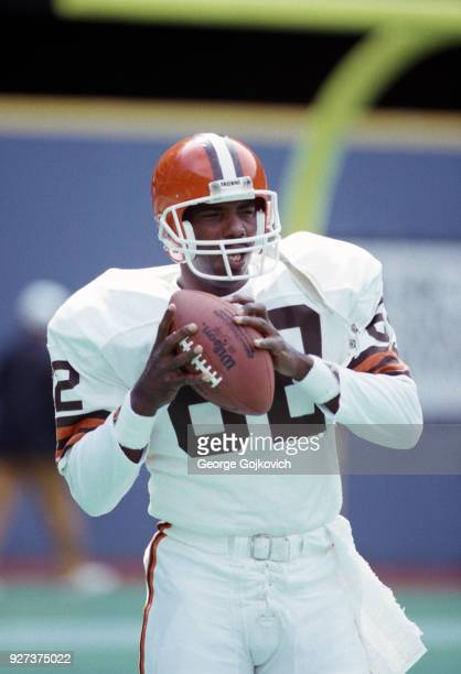 Tight end Ozzie Newsome of the Cleveland Browns looks on from the field during pregame warm up prior to a game against the Pittsburgh Steelers at...
