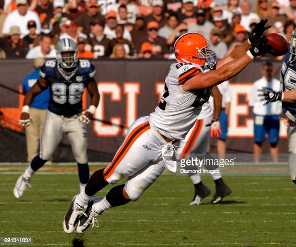 Tight end Steve Heiden of the Cleveland Browns attempts to catch a pass during a game on September 7 2008 against the Dallas Cowboys at the Cleveland...