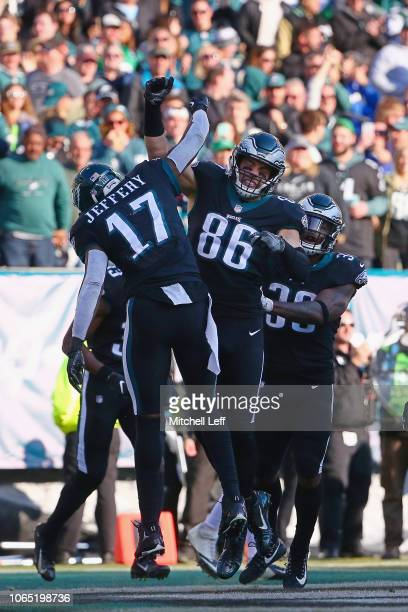 Tight end Zach Ertz of the Philadelphia Eagles celebrates his touchdown with teammates against the New York Giants during the second quarter at...