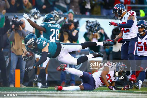 Tight end Zach Ertz of the Philadelphia Eagles dives for a touchdown against the Houston Texans during the fourth quarter at Lincoln Financial Field...