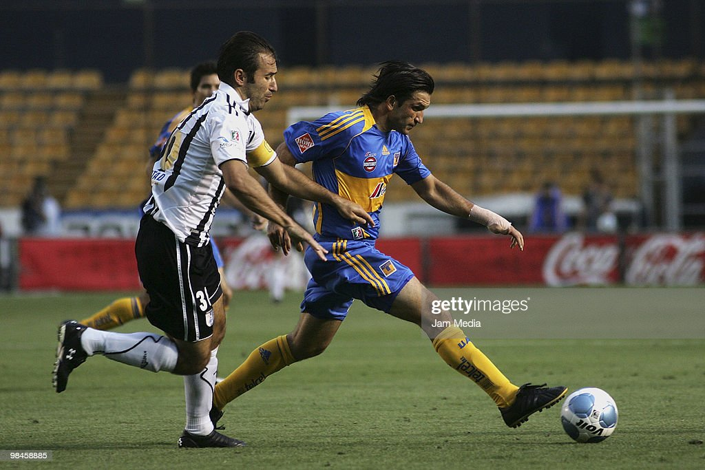 Tigres UANL v Queretaro : ニュース写真