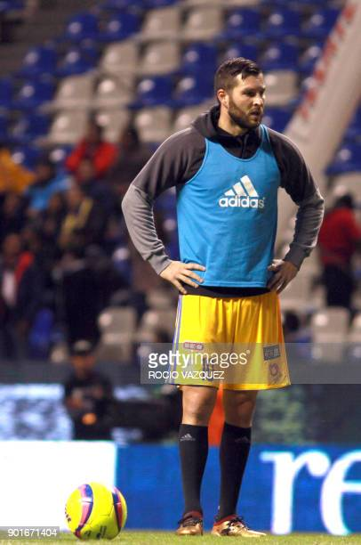 Tigres' French player Andre Gignac warms up before the start of their Mexican Clausura tournament football match against Puebla at Cuauhtemoc stadium...