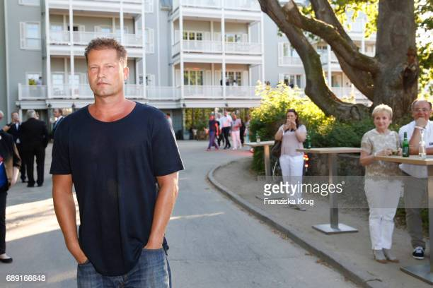 til schweiger opens his barefoot hotel at timmendorf beach stock photos and pictures getty images. Black Bedroom Furniture Sets. Home Design Ideas