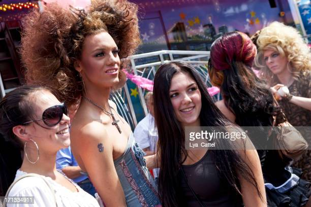 tilburg fun fair # 6 xxl - monday stock pictures, royalty-free photos & images