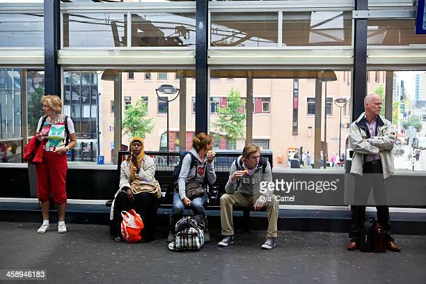 tilburg railroad station - tilburg stock pictures, royalty-free photos & images