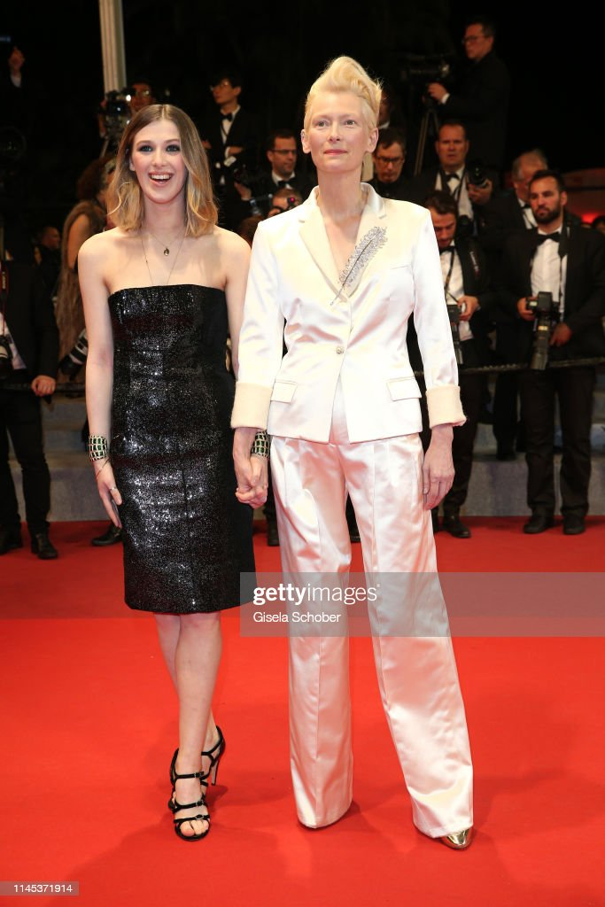 """""""Parasite"""" Red Carpet - The 72nd Annual Cannes Film Festival : News Photo"""