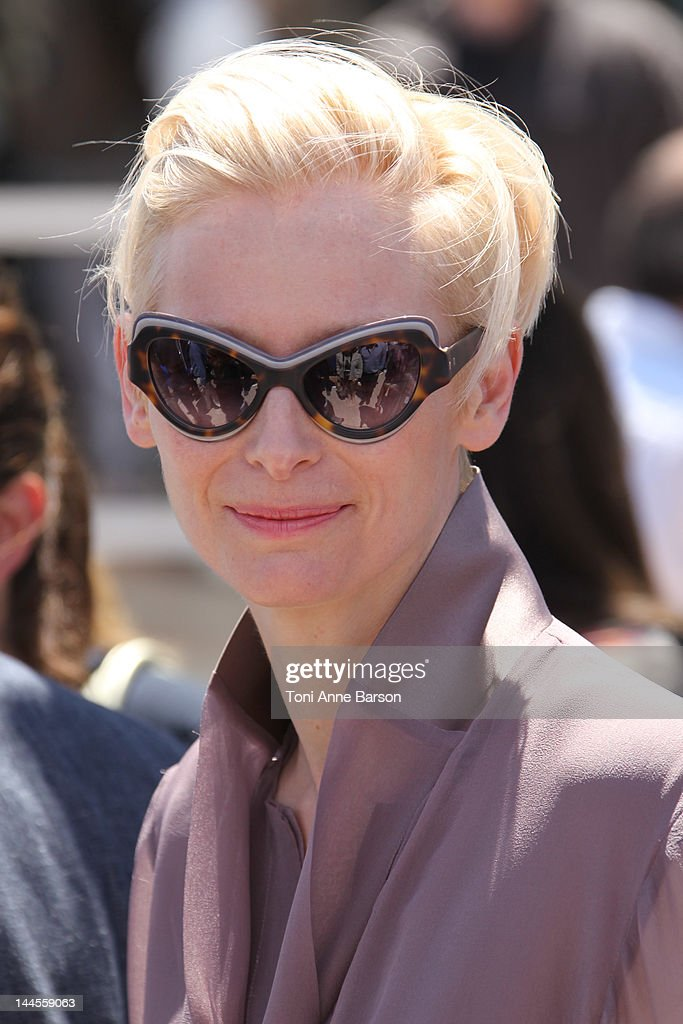 Tilda Swinton attends 'Moonrise Kingdom' photocall at Palais des Festivals on May 16, 2012 in Cannes, France.