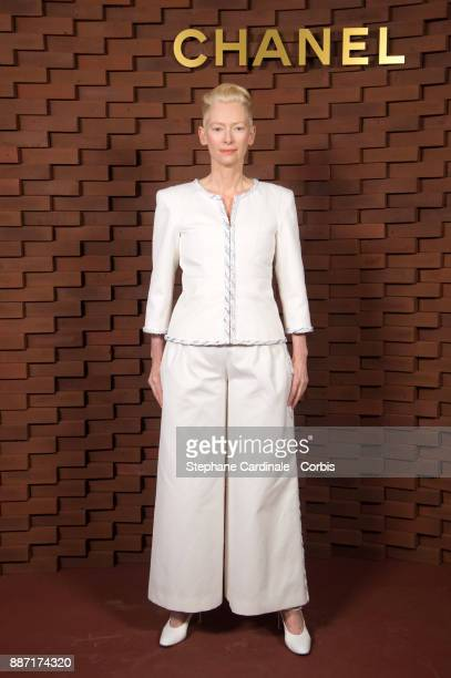 Tilda Swinton attends the Chanel Collection Metiers d'Art Paris Hamburg 2017/18 on December 6 2017 in Hamburg Germany