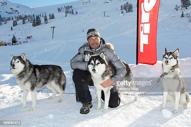 Till Demtröder Beim 2 Promi Schlittenhunderennen Tirol Cross Mountain In Kühtai