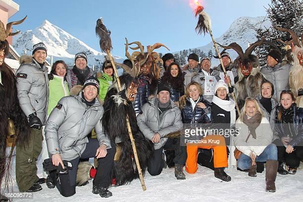 Till Demtröder Und Teilnehmer Des 2 Promi Schlittenhunderennen Tirol Cross Mountain In Kühtai