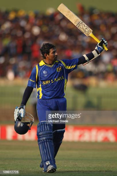 Tillakaratne Dilshan of Sri Lanka acknowledges the crowds applause after he made 144 runs during the Sri Lanka v Zimbabwe 2011 ICC World Cup Group A...