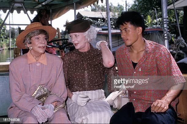 Tilly Lauenstein Elisabeth Wiedemann Einheimischer PRO 7 Serie Glueckliche Reise Folge 7 Thailand Bangkok/Thailand/Asien Kloang Fluss Boot Hut Tasche...