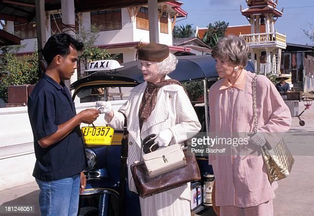 Tilly Lauenstein Elisabeth Wiedemann Einheimischer PRO 7 Serie Glueckliche Reise Folge 7 Thailand Bangkok/Thailand/Asien TukTuk Taxi Geld Tasche Hut...