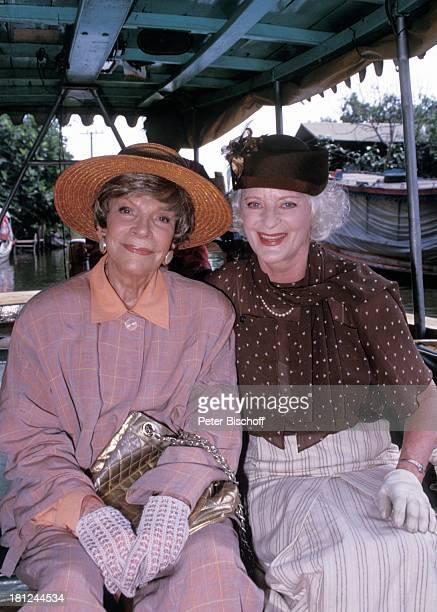 Tilly Lauenstein Elisabeth Wiedemann PRO 7 Serie Glueckliche Reise Folge 7 Thailand Bangkok/Thailand/Asien Kloang Fluss Boot Hut Tasche Handschuhe...
