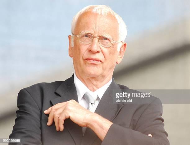 Tilman Zülich während einer Kundgebung unter dem Motte Freiheit für Tibet in Berlin