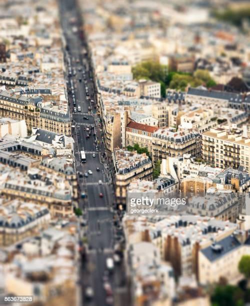 Vue de tilt-shift sur les rues de Paris