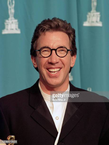 Tim Allen backstage at the Shrine Auditorium during the 67th Annual Academy Awards, March 27,1995 in Los Angeles, California.