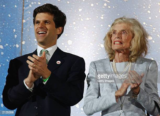 Tim and Eunice Kennedy Shriver applaud at the closing ceremony of The 11th Special Olympic World Summer Games at Croke Park June 29, 2003 in Dublin,...