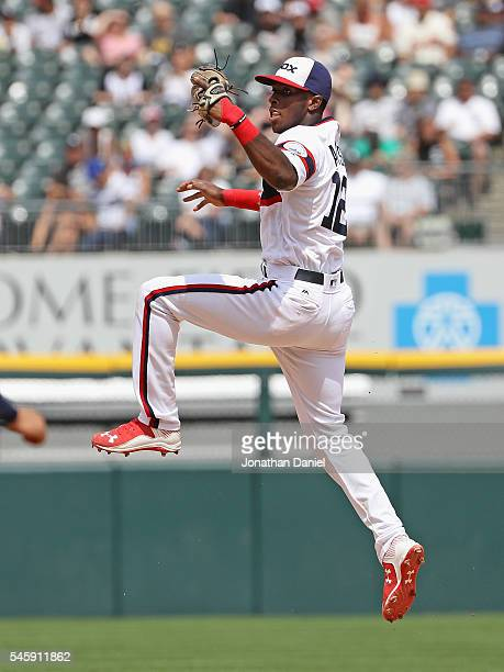 Tim Anderson of the Chicago White Sox leaps to make a catch starting an unassisted double play in the 8th inning against the Atlanta Braves at US...