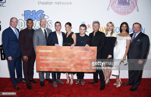 Tim Baxter Victor Cruz Mark Messier Rob Thomas Marisol Thomas Hunter Hayes Jon Bon Jovi Nicky Hilton Rothschild Camila Alves and Joseph Stinziano...