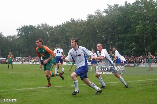 """Tim Borowski , Freundschaftsspiel """"Blau-Weiß Bornreihe"""" gegen """"SV Werder Bremen"""", Bornreihe/Hambergen, , Fußball-Spiel, Sport, """"Deutscher Meister..."""