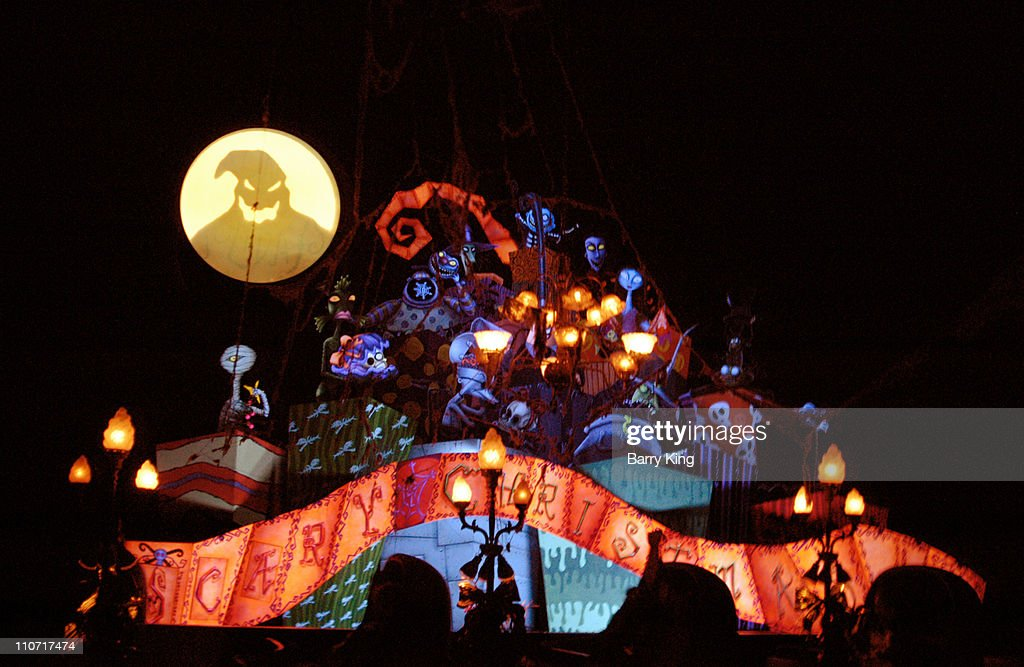 "Tim Burton's ""Nightmare Before Christmas"" Haunted Mansion Holiday at Disneyland - September 30, 2005 : News Photo"