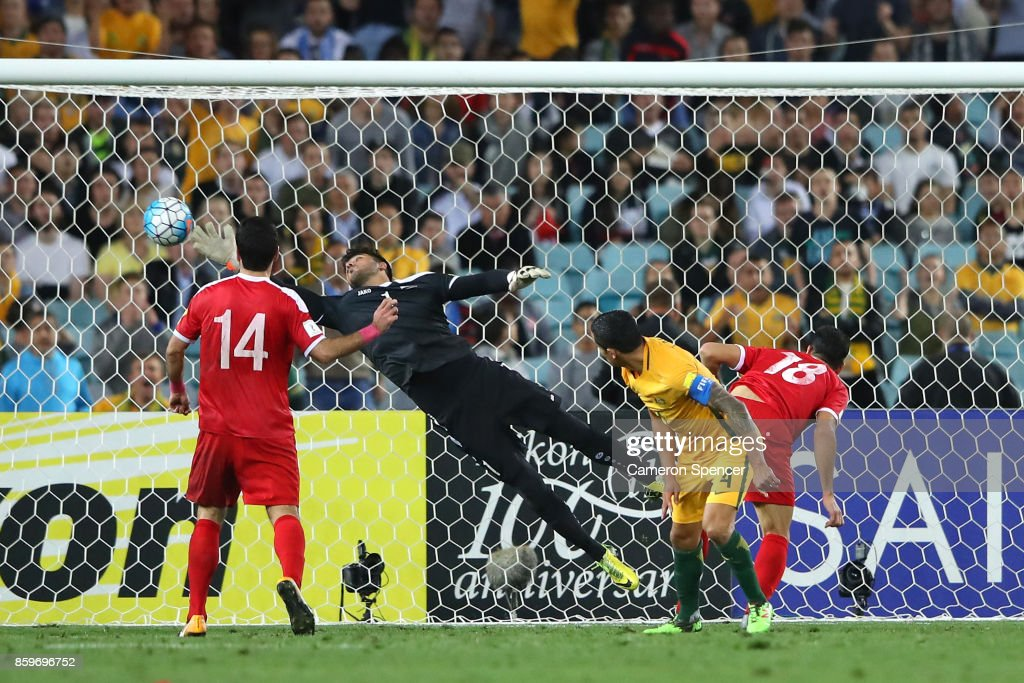 Tim Cahill of Australia scores a goal during the 2018 FIFA World Cup Asian Playoff match between the Australian Socceroos and Syria at ANZ Stadium on October 10, 2017 in Sydney, Australia.