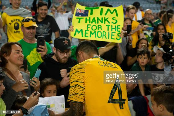 Tim Cahill of Australia thanks the crowd after the International Friendly Match between the Australian Socceroos and Lebanon at ANZ Stadium on...