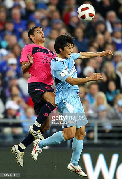 Tim Cahill of Everton and Sung-Hwan Byun of Sydney contest possession during a pre-season friendly match between Sydney FC and Everton FC at ANZ...