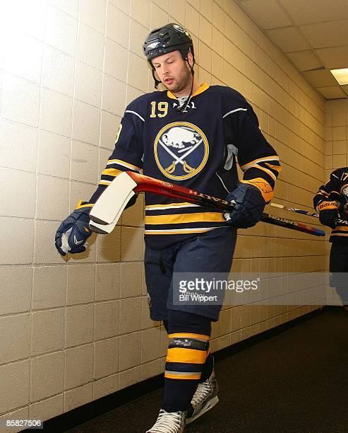Tim Connolly of the Buffalo Sabres heads to the ice to play the Toronto Maple Leafs on March 27 2009 at HSBC Arena in Buffalo New York