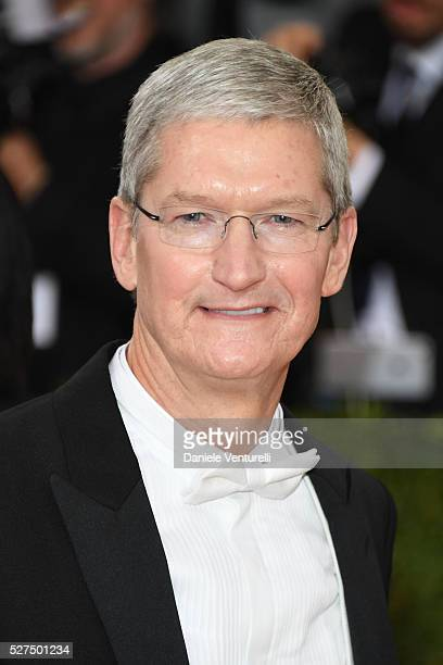Tim Cook attends the 'Manus x Machina Fashion In An Age Of Technology' Costume Institute Gala at the Metropolitan Museum on May 02 2016 in New York...