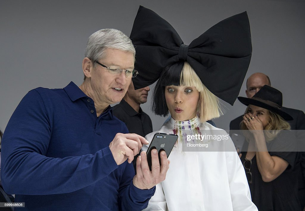 Apple Inc. Unveils Next Generation iPhone And New Watch : News Photo