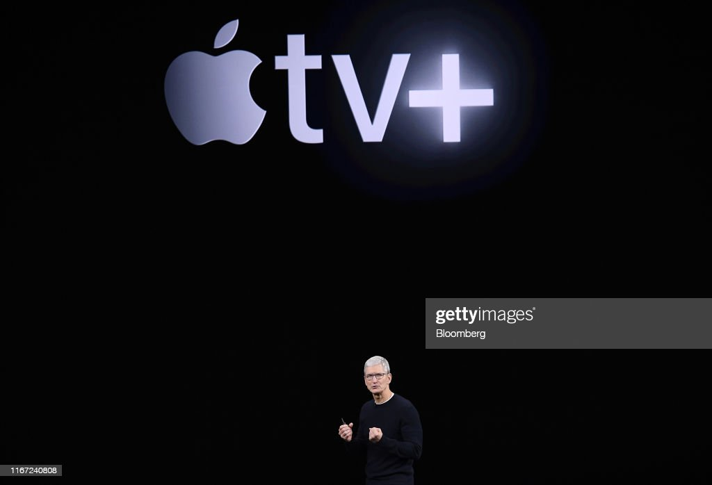 Apple Holds Unveiling Event For Media And Entertainment Services : ニュース写真