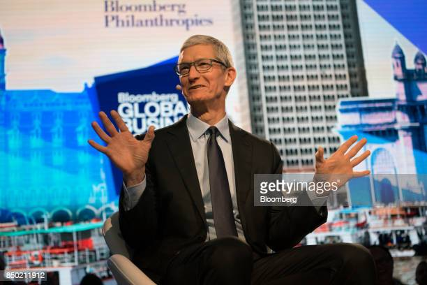 Tim Cook, chief executive officer of Apple Inc., speaks during the Bloomberg Global Business Forum in New York, U.S., on Wednesday, Sept. 20, 2017....