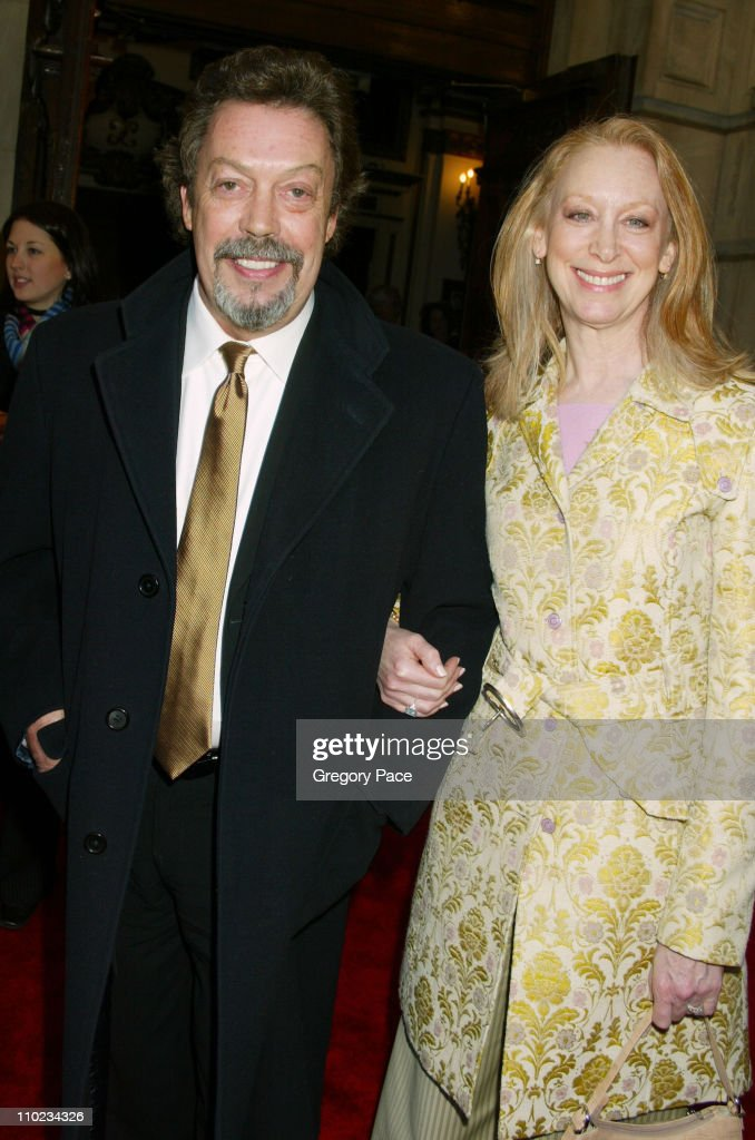 """Steel Magnolias"" Opening Night on Broadway - Arrivals : News Photo"