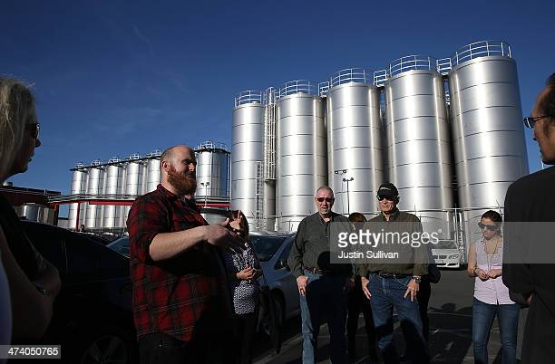 Tim Decker leads a brewery tour at Lagunitas Brewing Company on February 21 2014 in Petaluma California Sonoma County breweries Lagunitas Brewing...