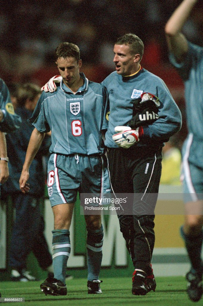 Germany v England - UEFA Euro 96 Semi Final : News Photo