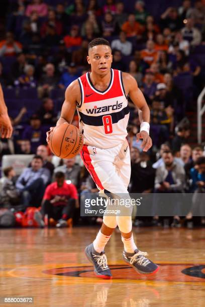 Tim Frazier of the Washington Wizards handles the ball against the Phoenix Suns on December 7 2017 at Talking Stick Resort Arena in Phoenix Arizona...